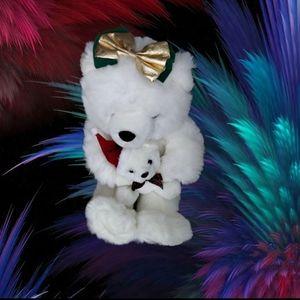 "Christmas Mama Bear & Baby Bear in Her Arms 16"" x"